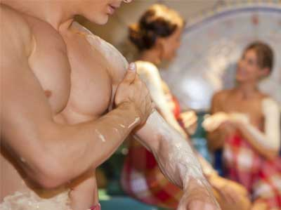 GREEN CLAY BODY MASSAGE